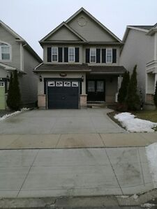 Single house with walkout basement in Waterloo for rent.