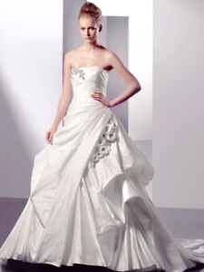 Elegant Enzoani Wedding Dress