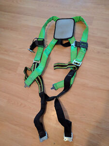 Selling small 5-point harness