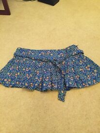 Great mini skirt, size 10.