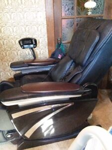 Massage Chair Leather (Deluxe RK7801 Zero Gravity)