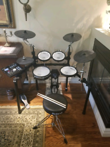 Roland TD 25KS Mint Condition!!Matching Roland Accessories!!!