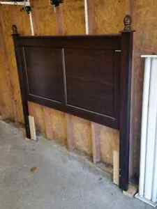 Double/Queen  Headboard in new condition. London Ontario image 1