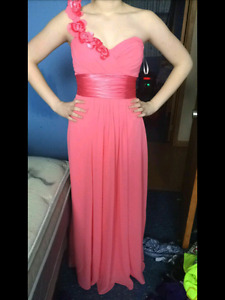 Prom dress size 6 need gone