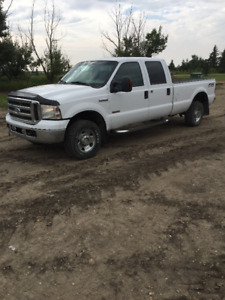 2005 Ford F-350 XLT Pickup Truck Needs Work