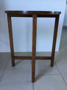 Table D'appoint ** Vintage ** Accent Table / Telephone Table