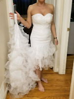 Gorgeous Wedding Dress Size 4 to 6 With Veil And Accessories!