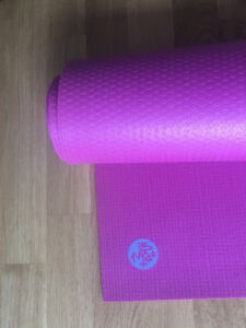 High-Quality Yoga Mat in Awesome Condition