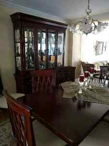 High Quality Complete Dining Room Set