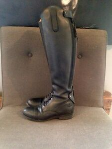Size 8 English riding boots