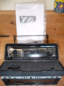 Philips radio kit for car or motorcycle
