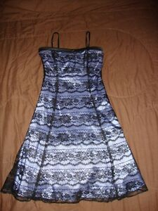 Ladies Size 3/4 Special Occasion Dress Stratford Kitchener Area image 1