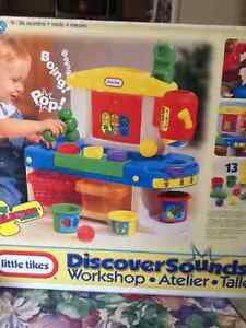 LITTLE TYKES TOY.   DISCOVER SOUNDS. New in box