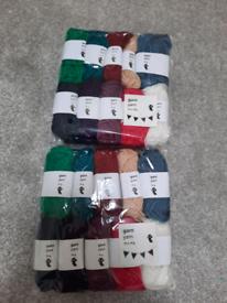 New 20 mini balls of yarn 200g