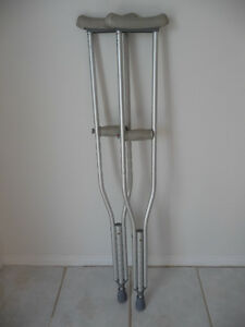 2 PAIRS OF CRUTCHES - WOOD - METAL