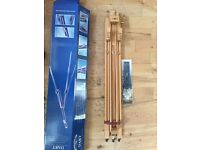 Winsor & Newton DART Sketching Easel and Canvass