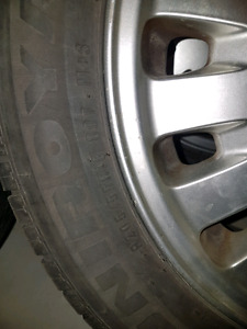 Volvo V70 wheels with tires