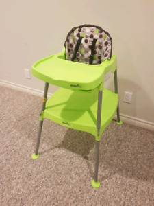 EUC Evenflo 3-in-1 Convertible High Chair to Chair + Table