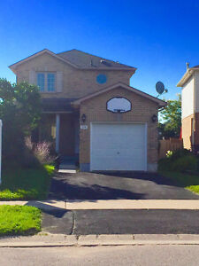 3bed/3bath House for rent in Barrie