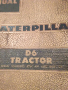 Vieux chop manuel caterpillar D311 engine et D6 tractor