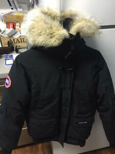 Canada Goose jackets outlet store - Women Parka | Kijiji: Free Classifieds in Alberta. Find a job, buy ...