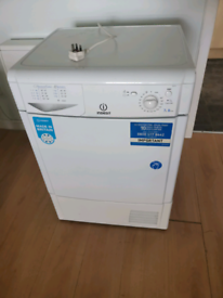 Condenser tumble dryer Indesit