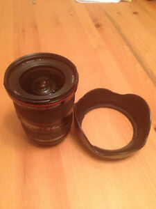 Canon 17-40mm f/4 lens with lens hood