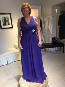 Evening Gown/Bridesmaid/Mother Of The Bride Dress