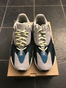 yeezy wave runner 700 size 9.5