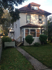Perfect for students! 1 bd, ut incl. central. NS/NP $795