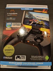 Manette Mega Pro Power pour cell ou tablet - NEUVE