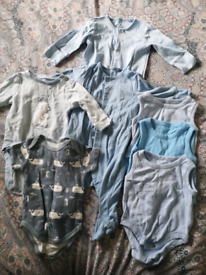 Baby boys 0-3/up to 3 months clothes bundle