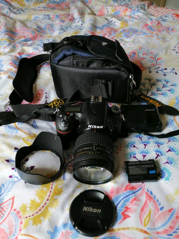 Nikon D750, with Nikkon 24-85mm, 2 8 full frame Lens | in Chiswick, London  | Gumtree