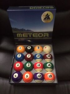 Meteor pool balls brand new West Island Greater Montréal image 1
