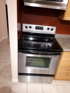 Great Condition Whirlpool Stainless Steel Stove