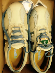 TERRA  Safety Shoes Size 6.5