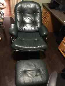 Reclining Leather office chair Kitchener / Waterloo Kitchener Area image 3