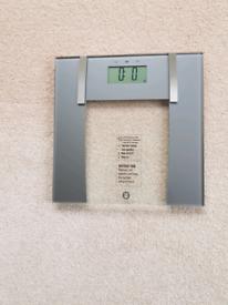 Weight Watchers Ultra Slim Digital Scales