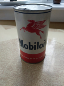 Mobiloil Pegasus 1 Quart Antique Oil Can