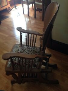 Antique Rocker Stratford Kitchener Area image 2