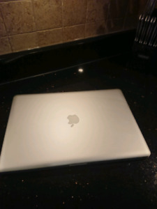 """Macbook Pro a1297  17"""""""