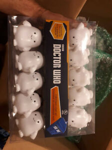 Brand new Doctor Who Adipose Lights and ornament