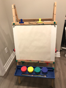 Melissa and Doug: Wooden Standing Easel