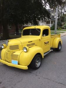 1947 Dodge Pick up Short Box Resto Mod