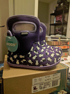 Adorable Girls Size 10 Baby Bogs Waterproof Boots, New in Box