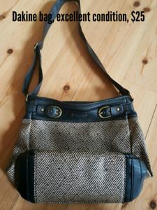 Dakine shoulder/crossbody bag