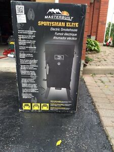 Sportsman Elite smoker