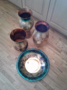 Decorative vases and plate