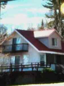 COTTAGE IN JIMS LAKE, QUEBEC