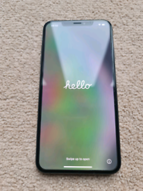 IPhone XS MAX 64gb Space Grey Unlocked Mint Condition with accessories
